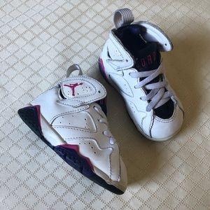Nike Air Jordan 7 Retro Sneakers